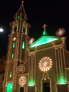 chiesa illuminata